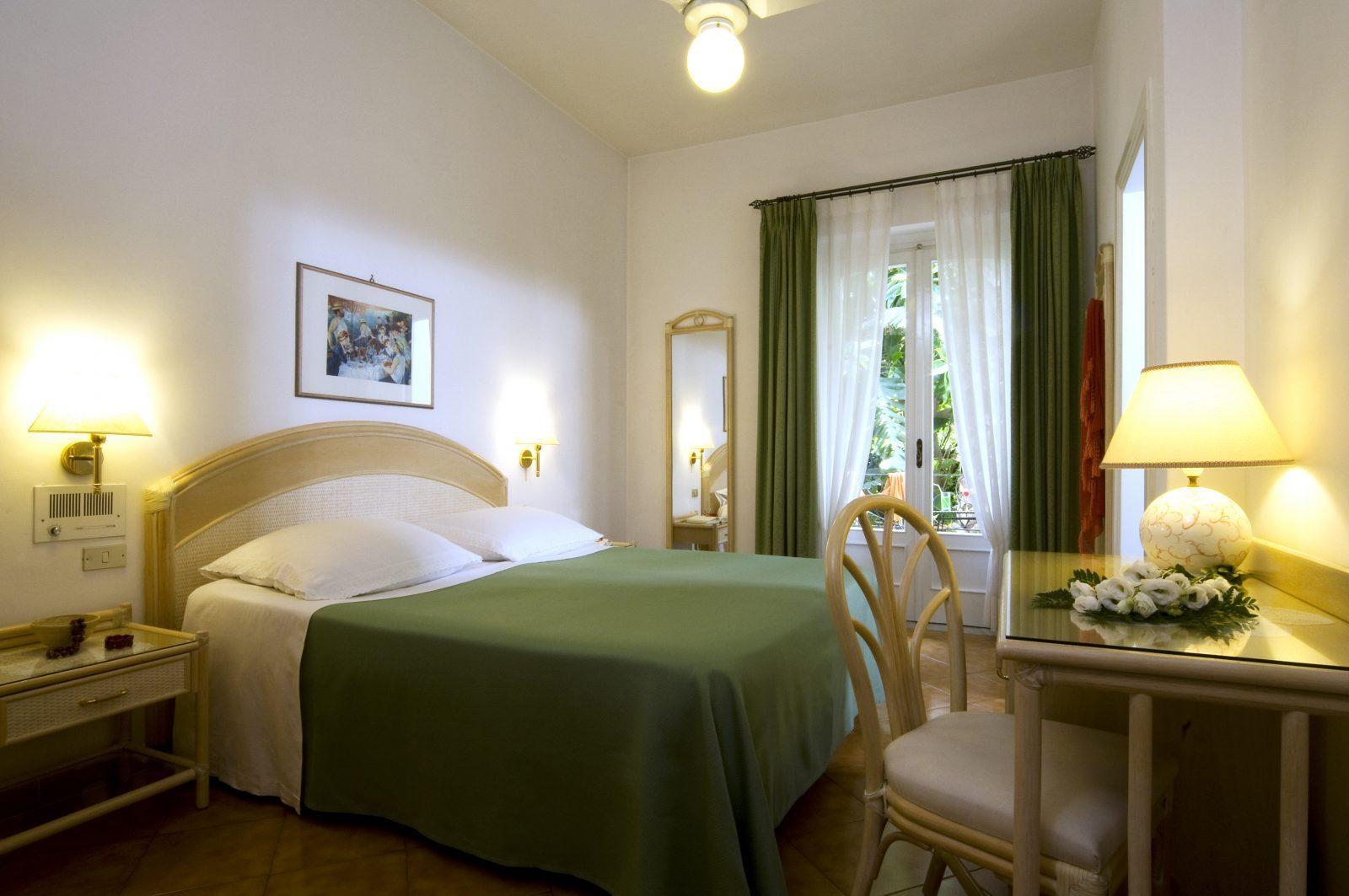 camera hotel villa angelica terme ischia
